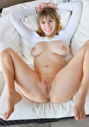 Sexy Teen Nude And Masturbating images